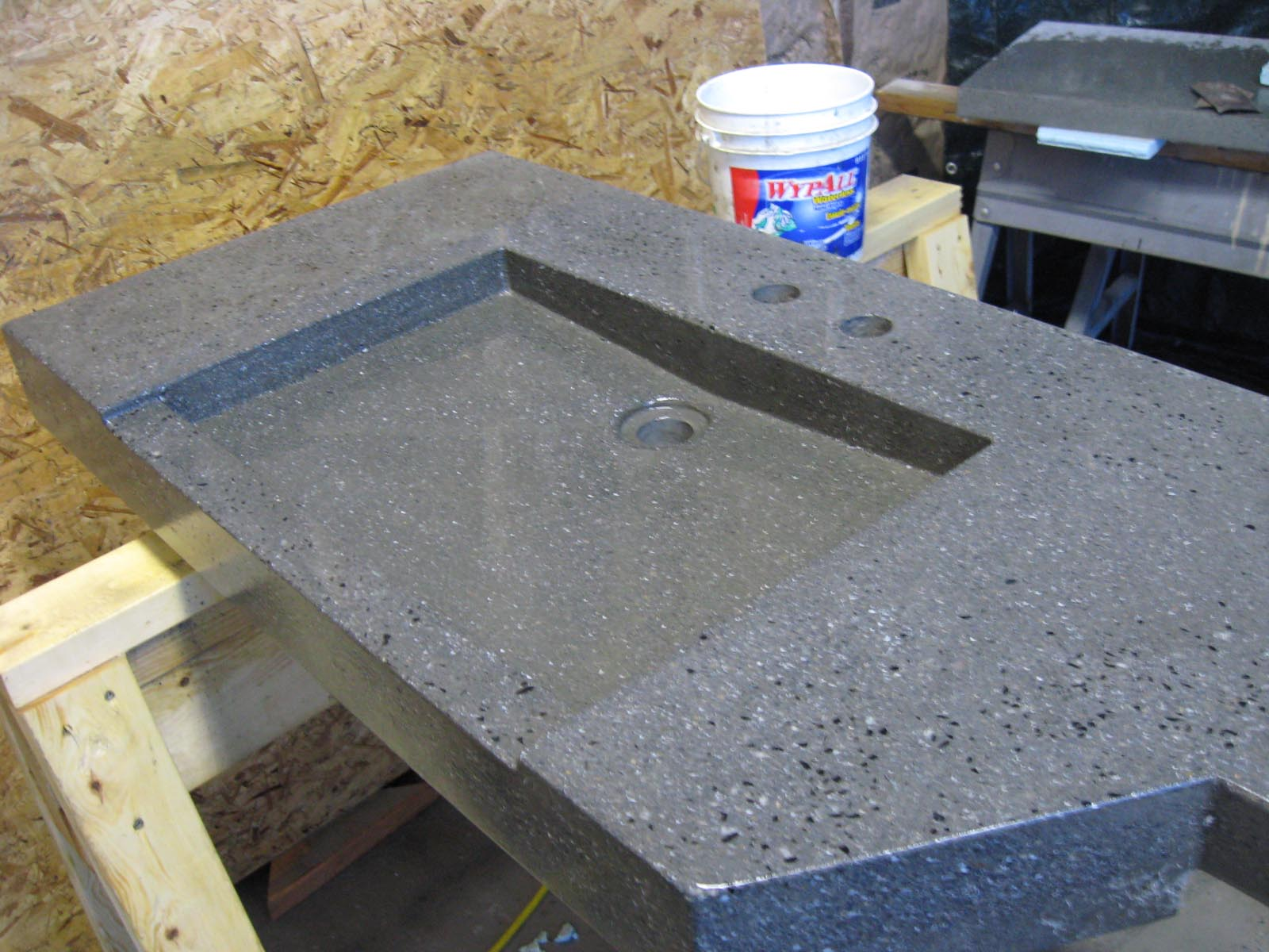 Just a teaser it s about time you say quadomated for Concrete bar top ideas