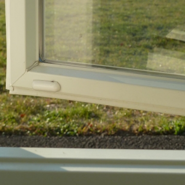 Tane Pill Style Magnetic Contacts Sensor Installed on Casement Window Inside